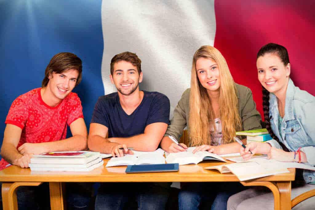 oportunidades educativas y laborales